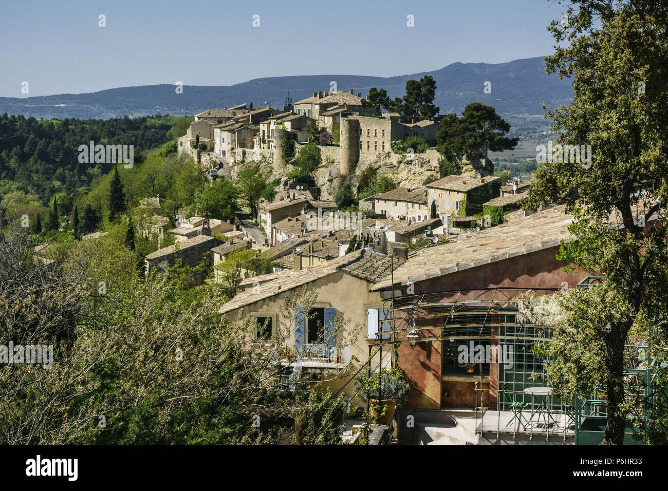 ciudadela fortificada,Menerbes, alpes de Provenza, montes Luberon, Francia, Europa. - Stock Image