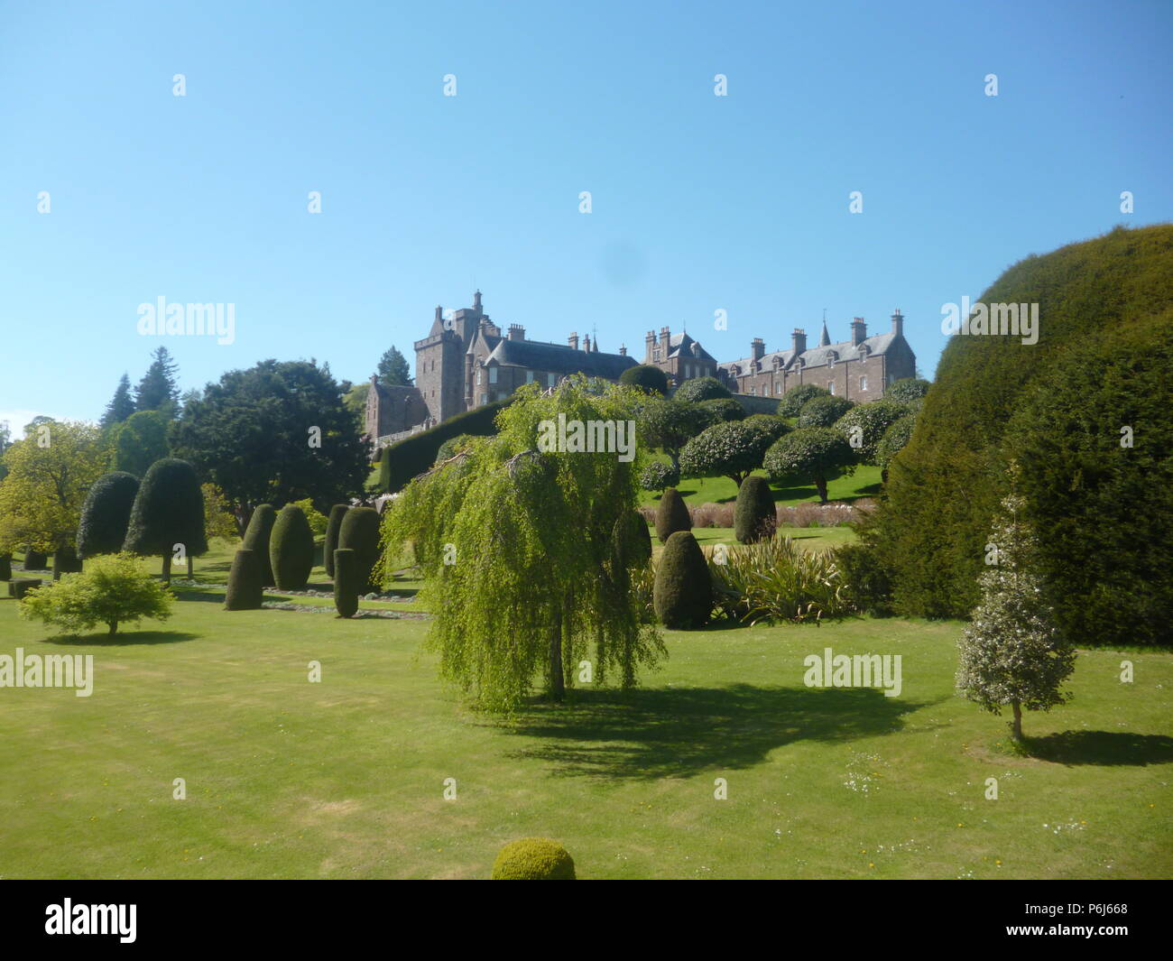 Drummond Castle and Formal Gardens, Creiff, Perthshire - Stock Image