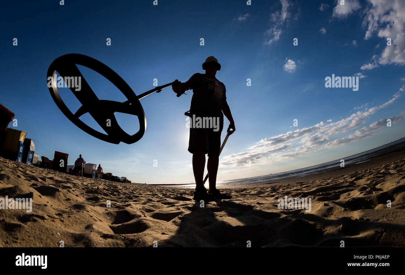 Jew Detector: Metal Detectorist Using Metal Detector Stock Photos