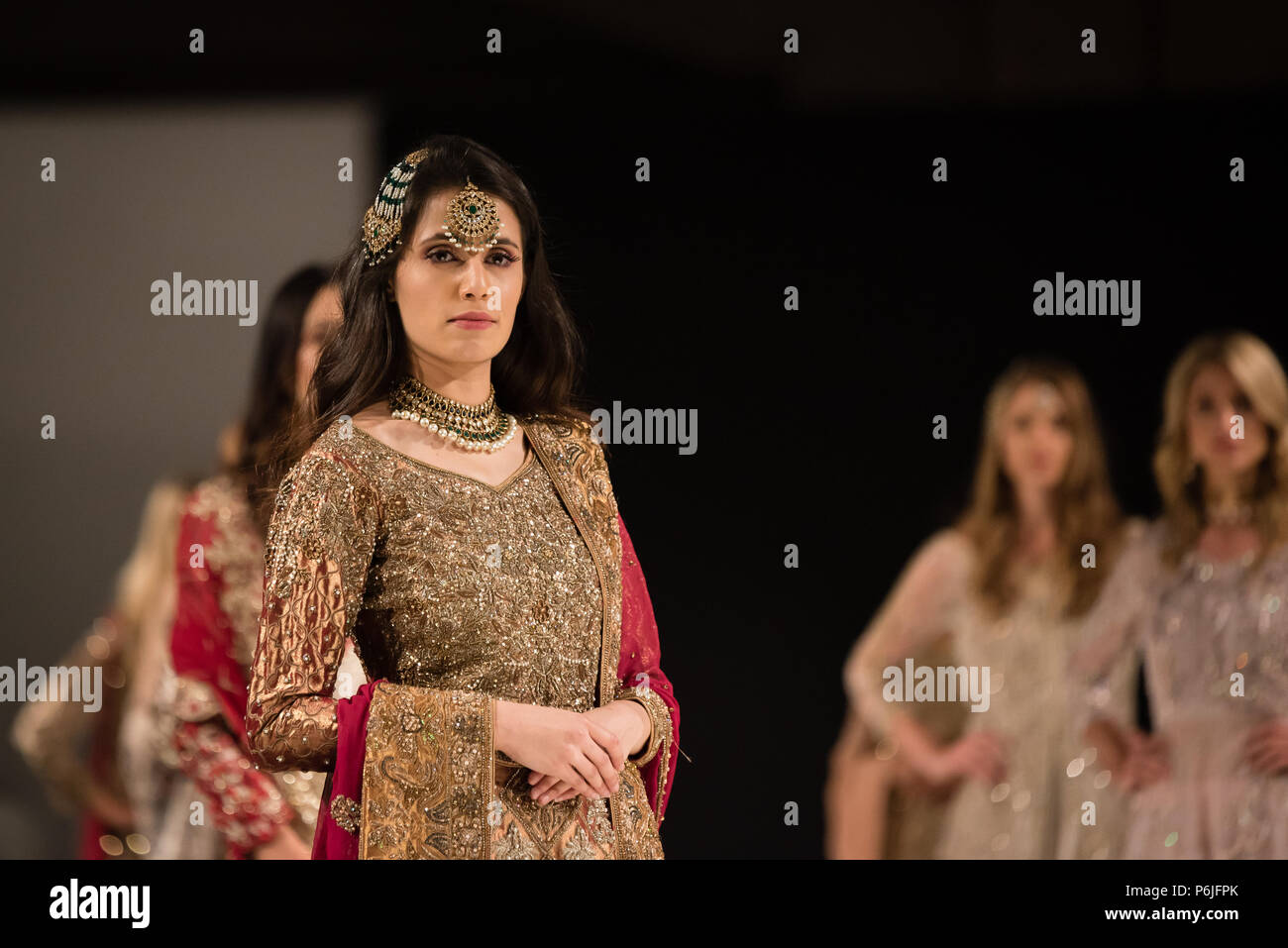 Pakistan Fashion High Resolution Stock Photography And Images Alamy
