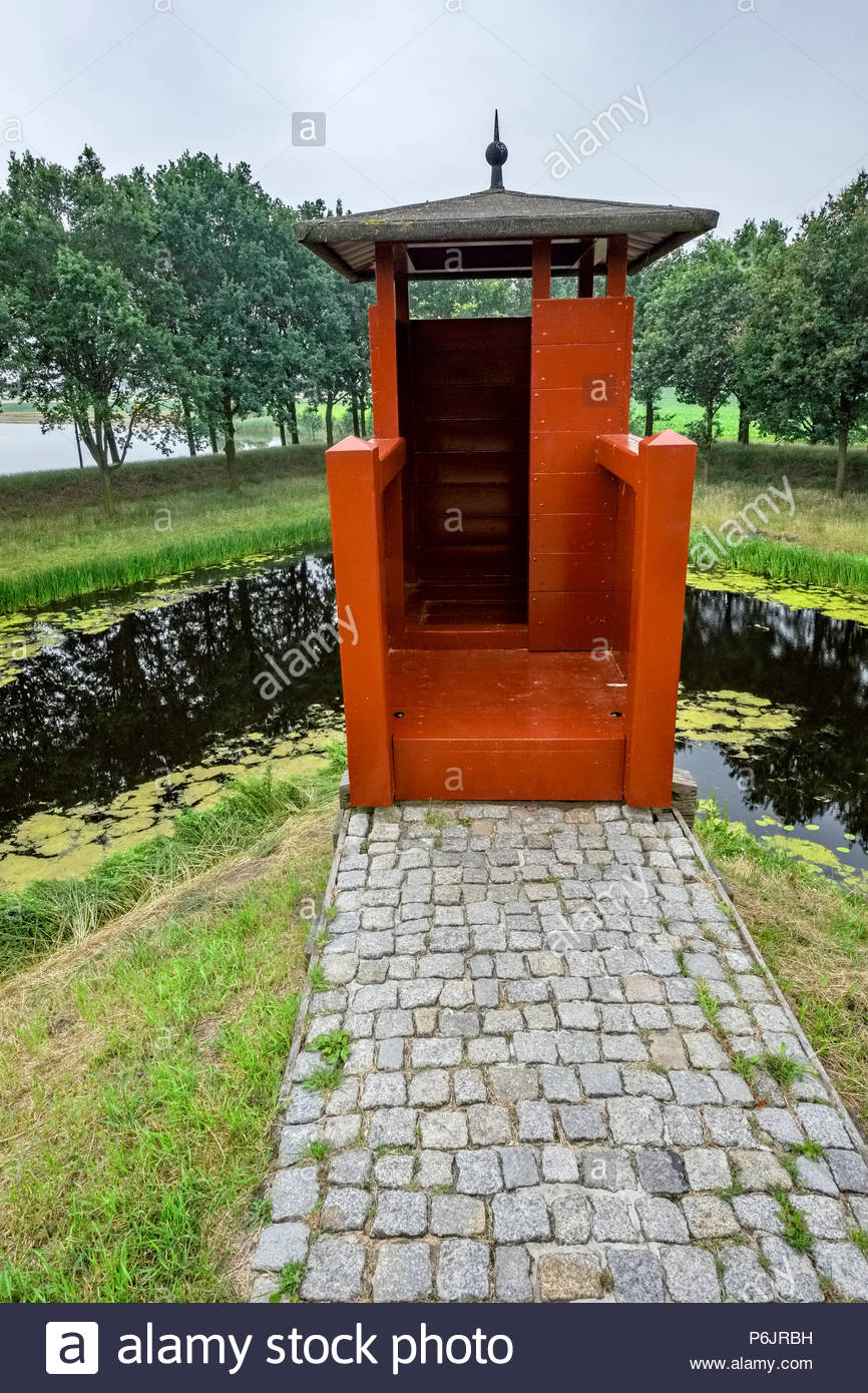Watchtower near cannon placement at Vesting Bourtange, the star-shaped fortress in Groningen Province, The Netherlands - Stock Image