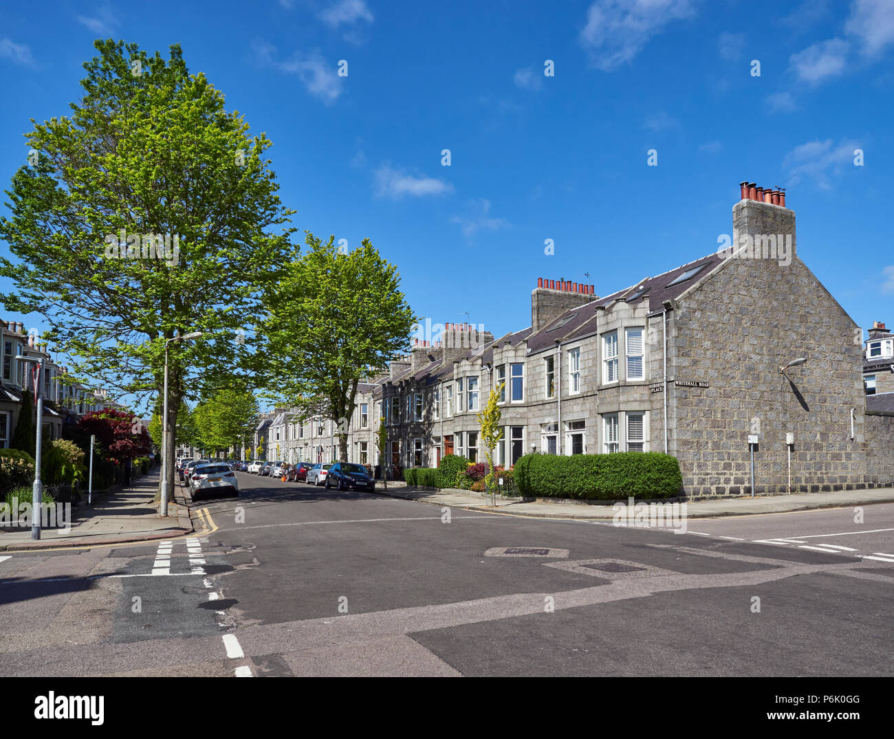The Substantial Granite terraced houses in Aberdeen City Suburbs near the Grammar School. Osbourne Place, Aberdeen, Scotland. - Stock Image