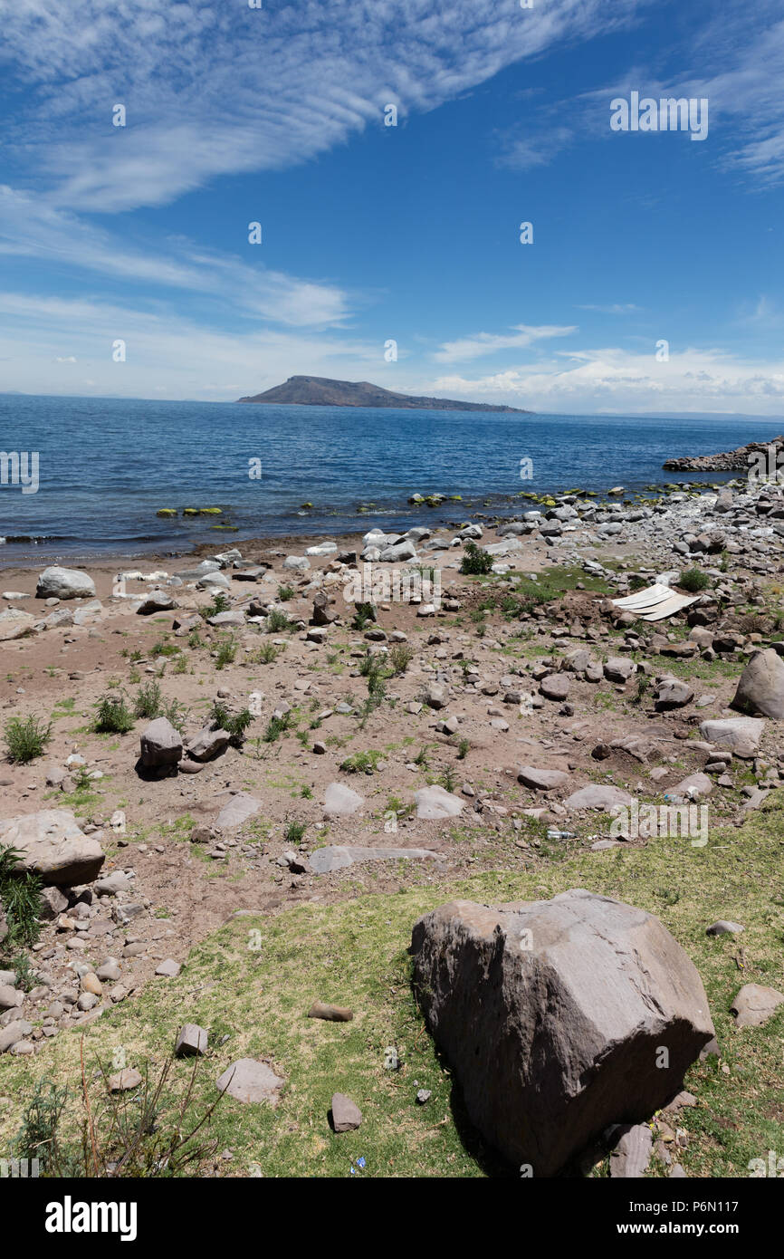 Landscape with view of Amantani Island of Titicaca Lake, Peru - Stock Image