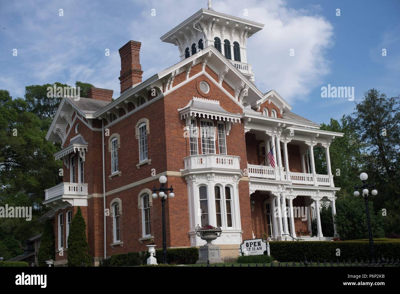 Galena, Illinois, USA. The Belevedere Mansion and Gardens in Galena, Illinois. The Belvedere was built in 1857 and is open to the public for tours. - Stock Image