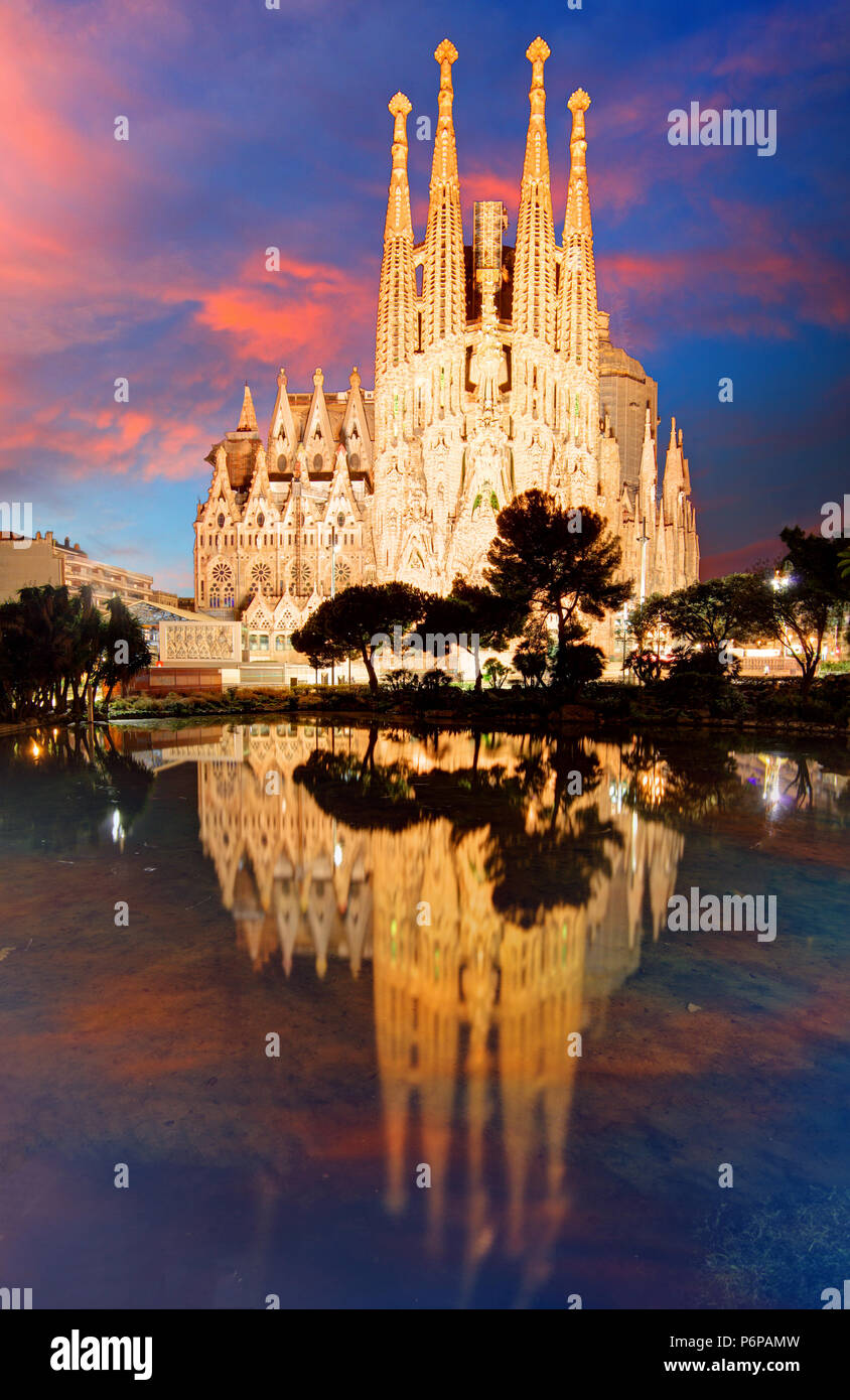 BARCELONA, SPAIN - FEBRUARY 10, 2016: Sagrada Familia basilica in Barcelona. The Antoni Gaudi masterpiece has become a UNESCO World Heritage Site in 1 - Stock Image