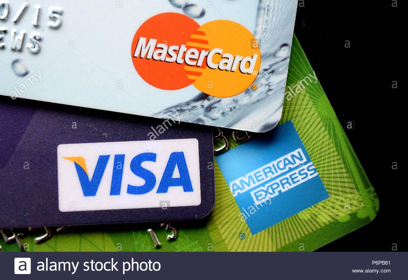 Получить кредит в 18 лет