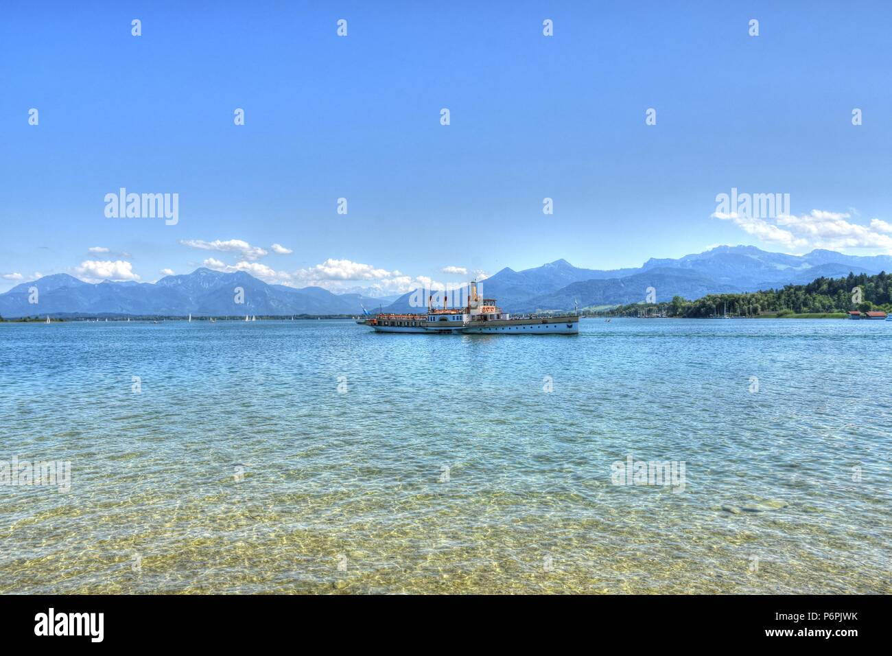 Chiemsee bei Prien in Oberbayern Stock Photo