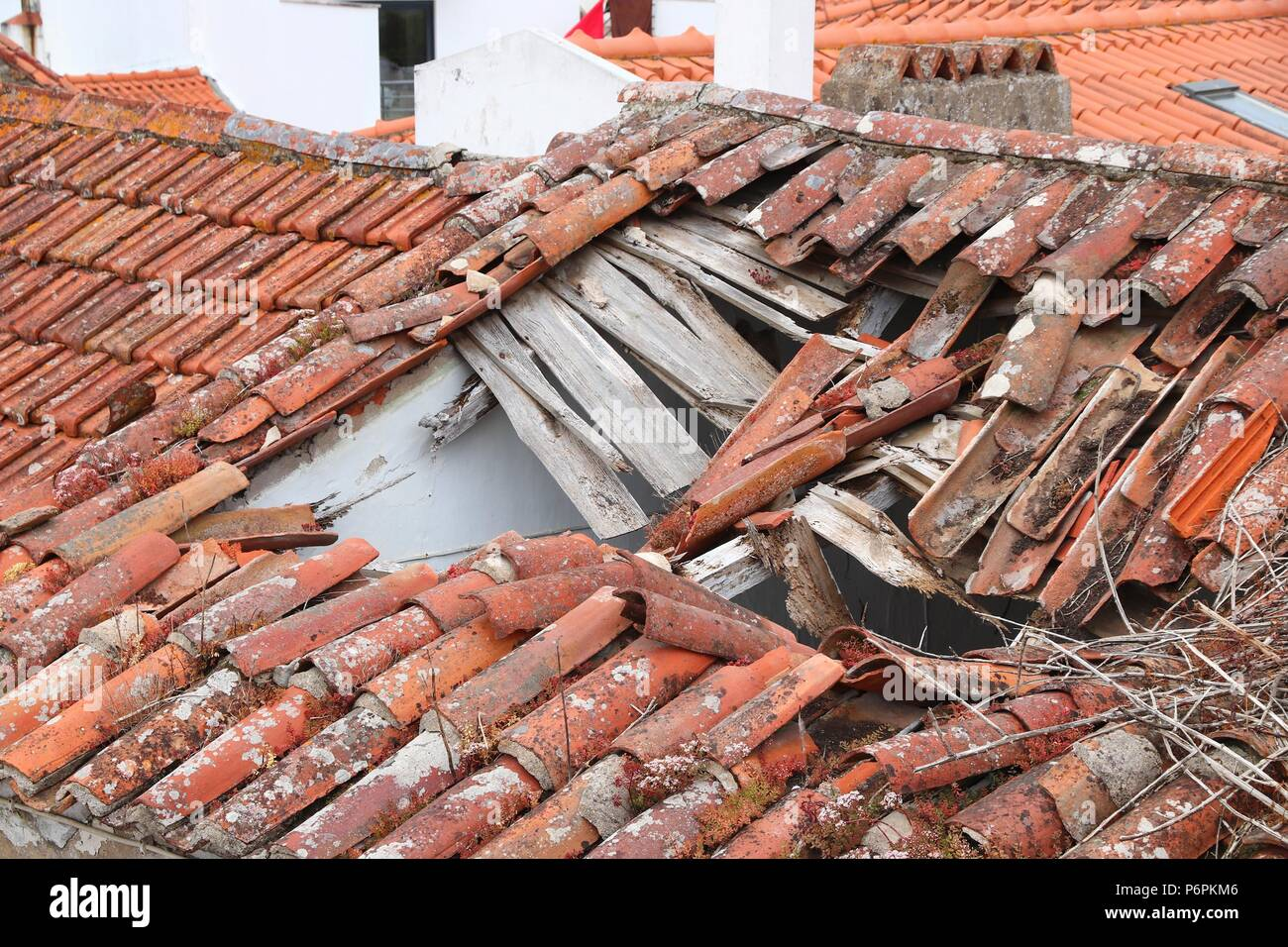 Roof Collapse Stock Photos & Roof Collapse Stock Images - Alamy
