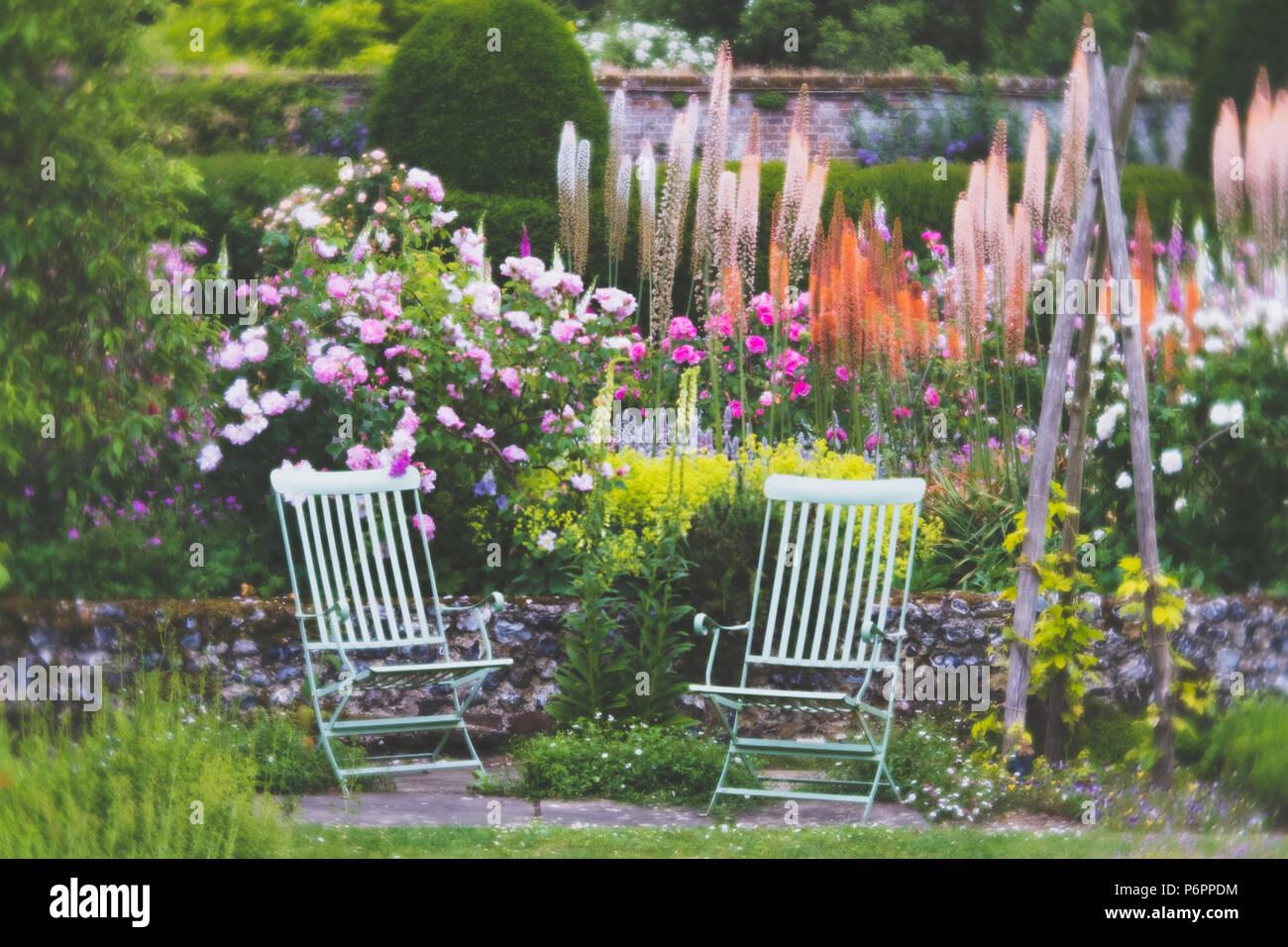 Chairs in the Garden in Summer with Diffuse Effect - Stock Image