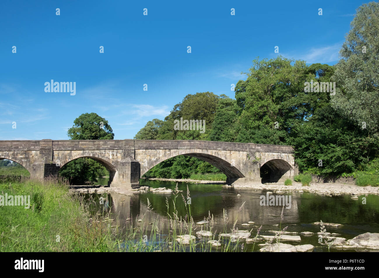 Edisford Bridge, Clitheroe, Lancashire, UK. The bridge is one of the main crossings over the river ribble. - Stock Image