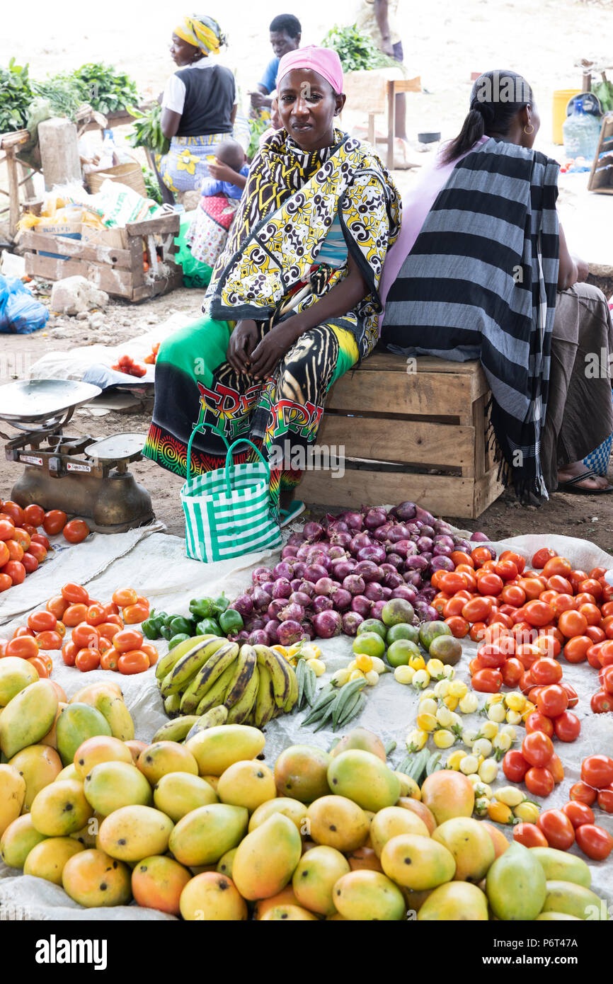 Outdoor fruit and vegetable market, Watamu, near Malindi, Kenya, Africa - Stock Image
