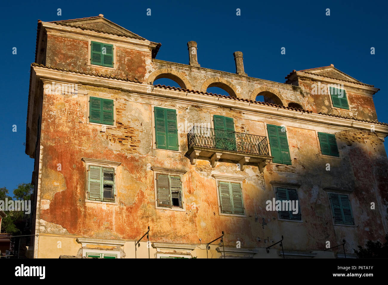 The decaying but still imposing remains of the Britsh Governor's Residence, Gaios, Paxos, Greece - Stock Image