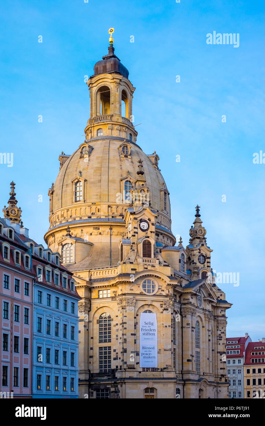 Germany, Saxony, Dresden, Altstadt (Old Town). Dresdner Frauenkirche, Church of Our Lady and buildings on Neumarkt. Stock Photo