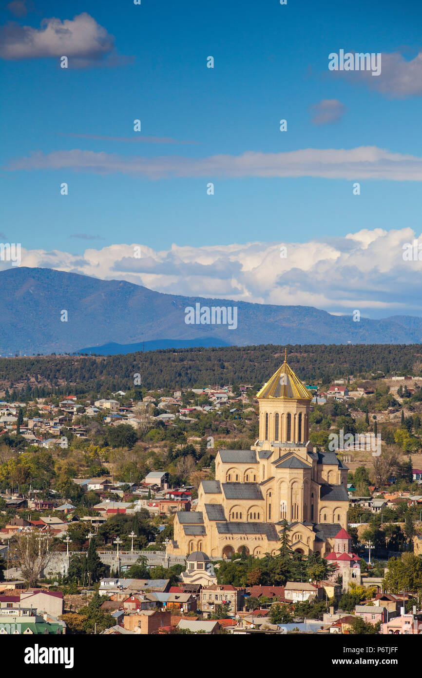 Georgia, Tbilisi,Avlabari, View of Tsminda Sameba Cathedral (Holy Trinity Cathedral) - the biggest Orthodox Cathedral in the Caucasus Stock Photo