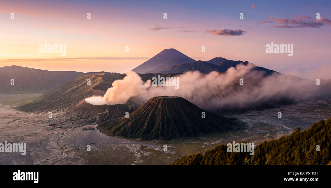 Java, Indonesia, South East Asia. High angle view of Mount Bromo at sunrise. - Stock Image