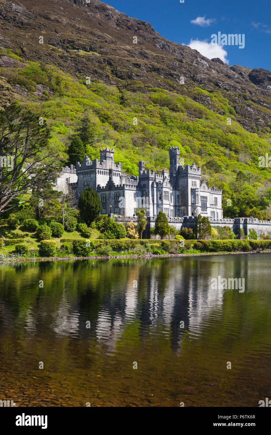 Ireland, County Galway, Kylemore, Kylemore Abbey - Stock Image