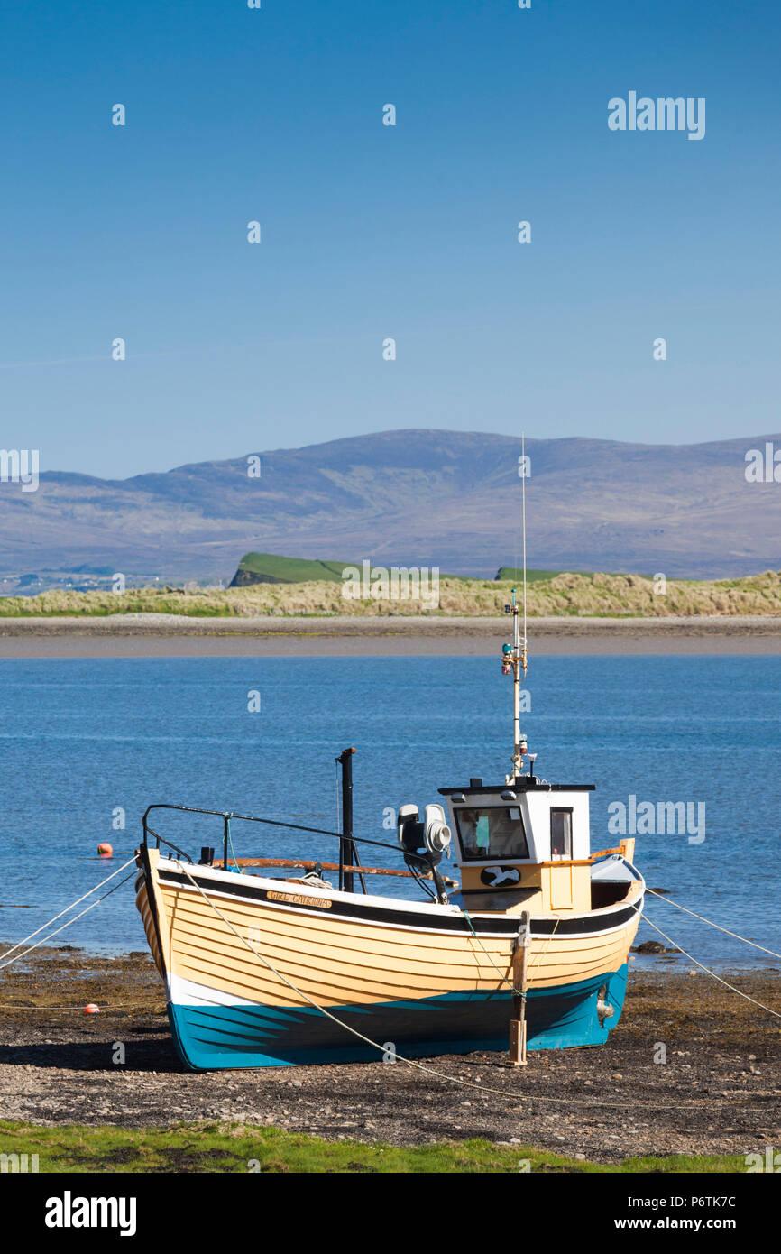 Ireland, County Mayo, Murrisk, fishing boat - Stock Image