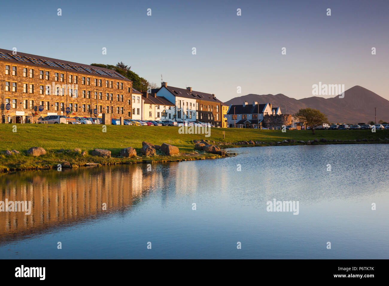 Ireland, County Mayo, Westport Quay, harborfront buildings - Stock Image