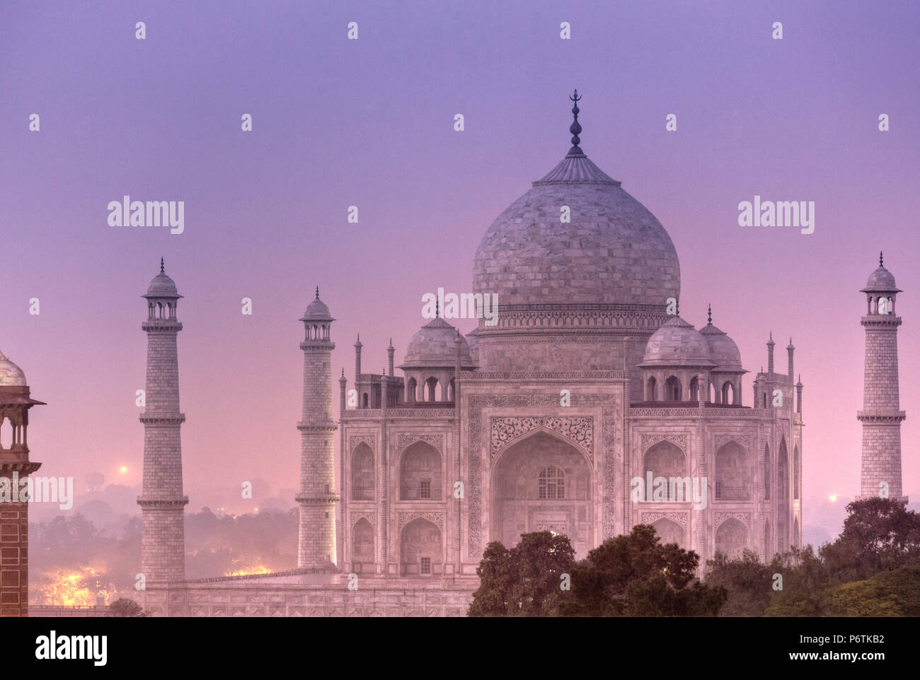 India, Uttar Pradesh, Agra, Taj Mahal (UNESCO site), on a full moon night - Stock Image