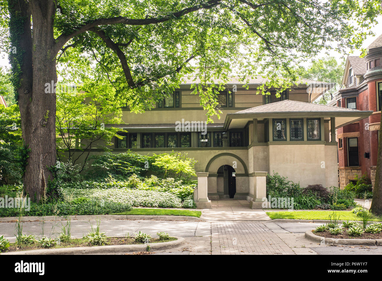OAK PARK, ILLINOIS - JUNE 25, 2018: Street view of the The Frank Thomas Home designed by renowned architect, Frank Lloyd Wright. - Stock Image