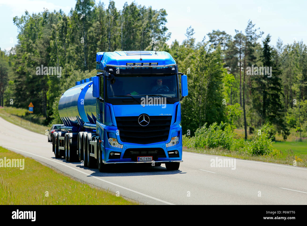 Lorry Truck Tank Stock Photos & Lorry Truck Tank Stock Images - Alamy