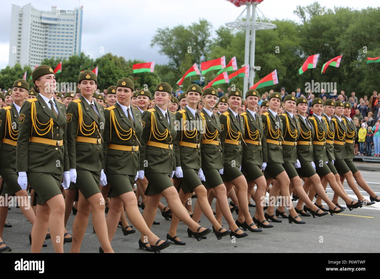 Minsk, Belarus. 3rd July, 2018. Servicewomen march during a military parade marking the Independence Day in Minsk, Belarus, July 3, 2018. Credit: Wei Zhongjie/Xinhua/Alamy Live News - Stock Image