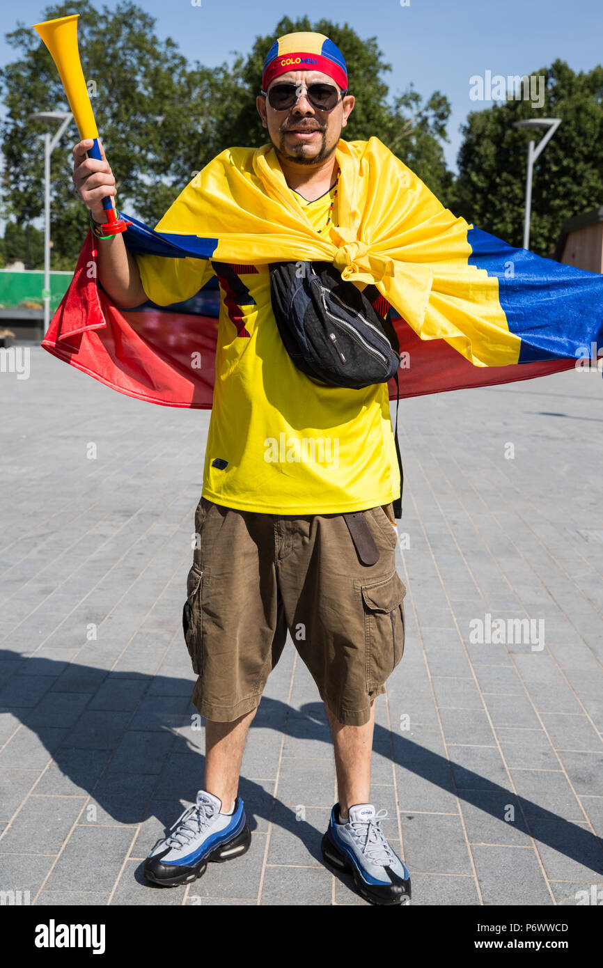 53695d0a8 3rd July, 2018. A member of London's Colombian community prepares