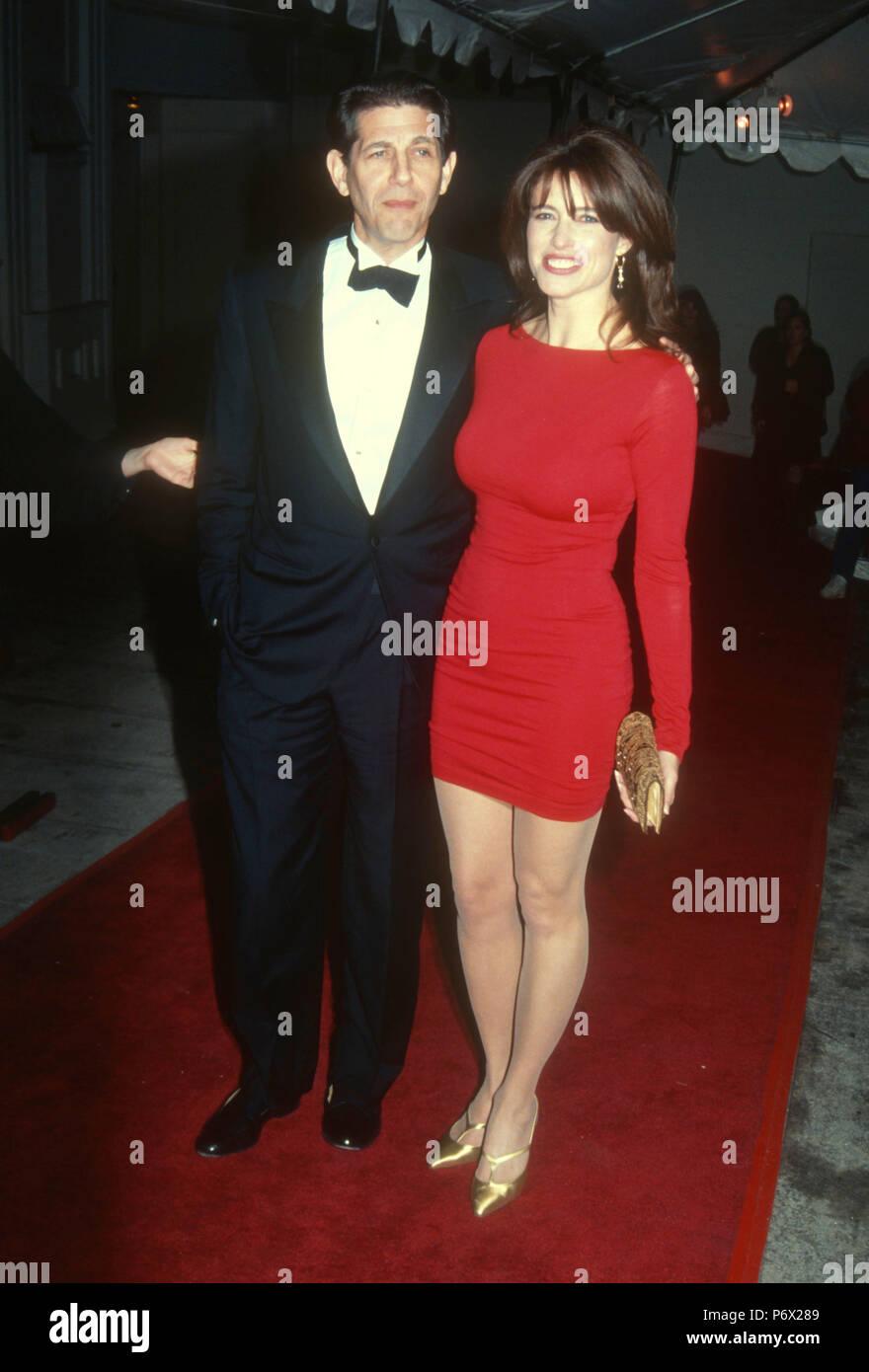 Roger mimi Mimi Rogers'