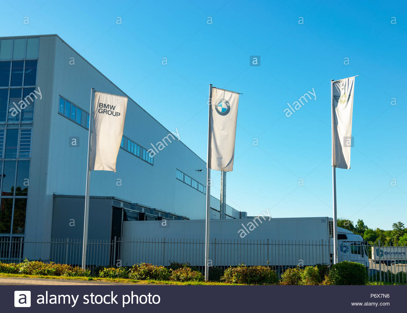bmw factory germany stock photos bmw factory germany stock images alamy. Black Bedroom Furniture Sets. Home Design Ideas