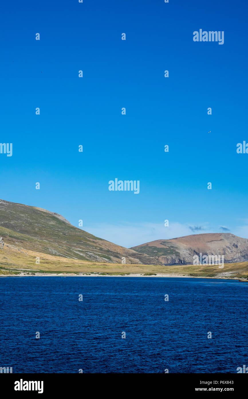 Sailing in Byron Sound towards Grave Cove, West Falkland, Falkland Islands Stock Photo
