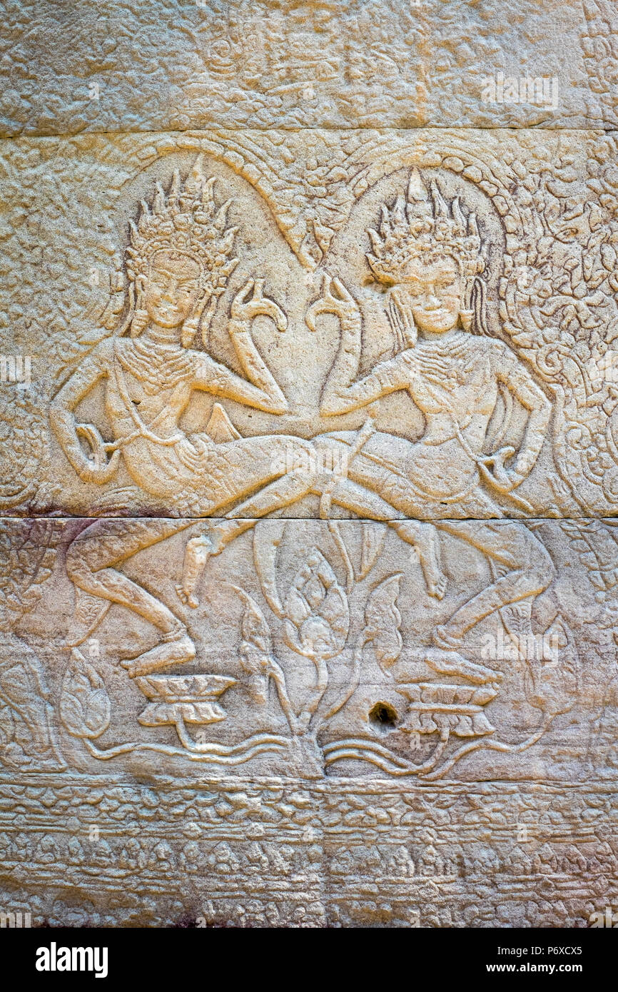 Apsara dancers, stone carvings at Banteay Kdei temple, Angkor, UNESCO World Heritage Site, Siem Reap Province, Cambodia - Stock Image