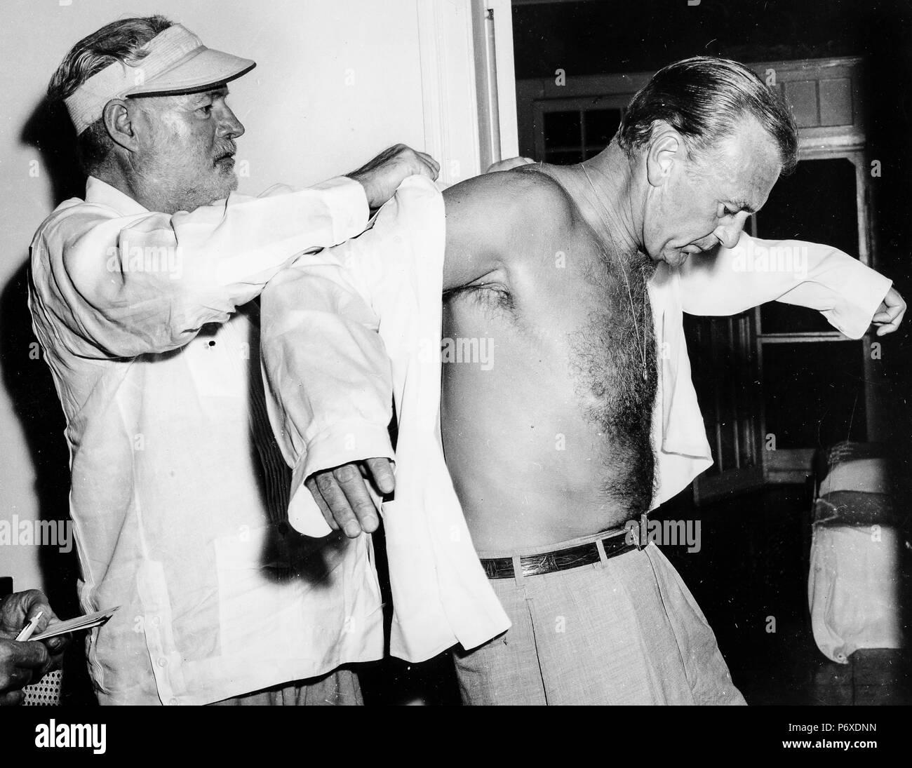 ernest hemingway, gary cooper, havana, cuba, 1956 - Stock Image