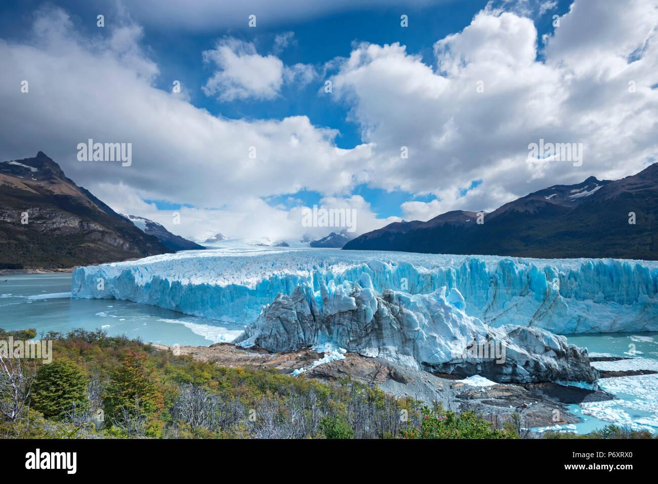 South America, Patagonia, Argentina, Santa Cruz, El Calafate, Los Glaciares, National Park, Perito Moreno glacier - Stock Image