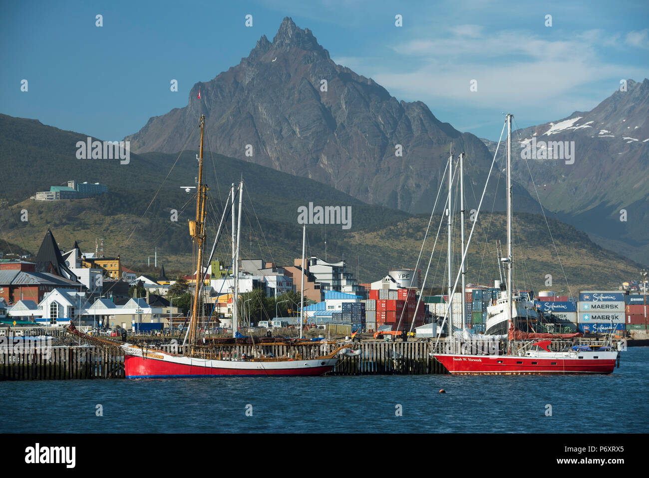 South America, Argentina, Tierra del Fuego,  Harbour at Ushuaia - Stock Image
