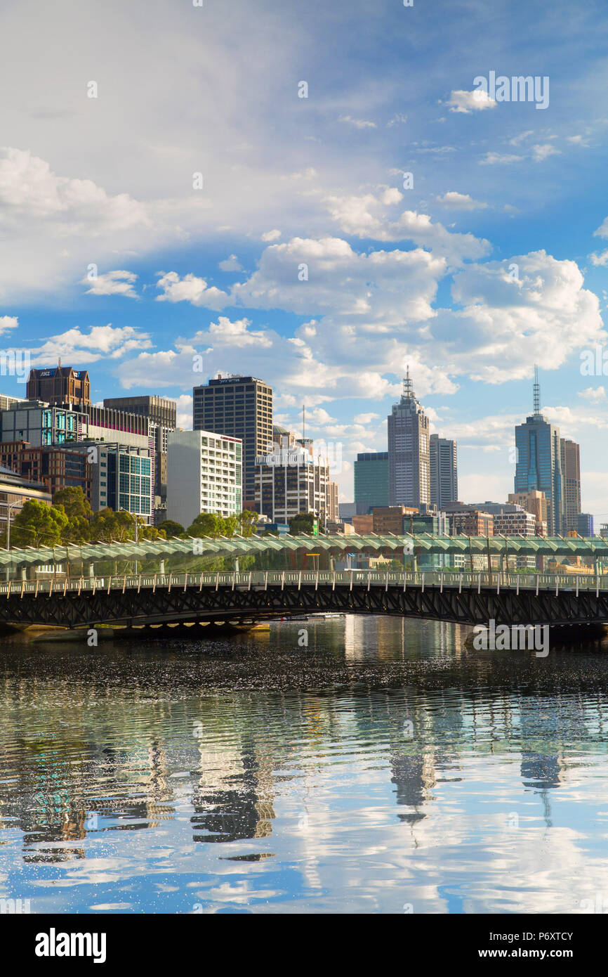 Skyline along Yarra River, Melbourne, Victoria, Australia - Stock Image