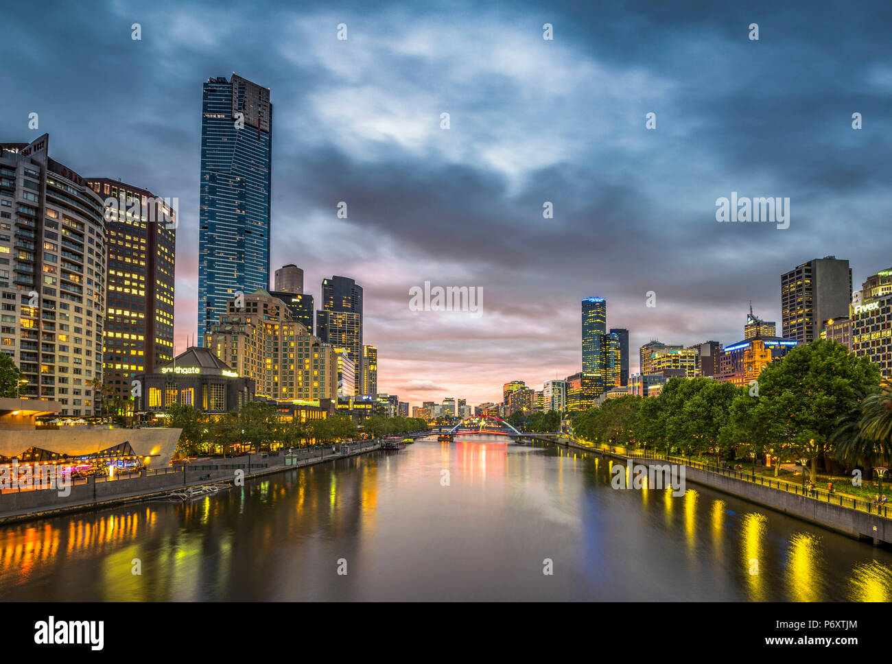 Melbourne, Victoria, Australia. Cityscape with Eureka Tower from the Yarra river at dusk. - Stock Image