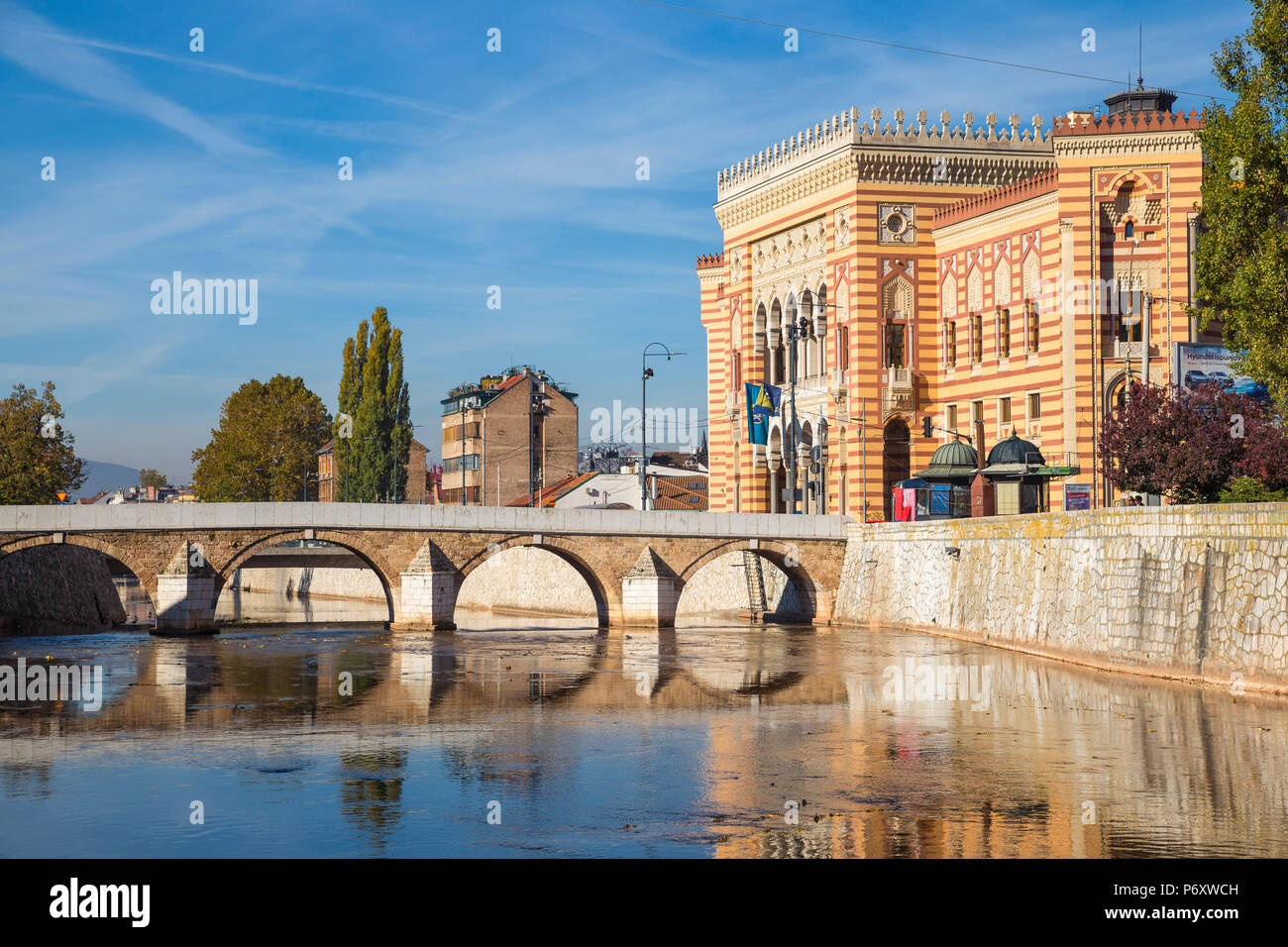 Bosnia and Herzegovina, Sarajevo, Bascarsija - The Old Quarter, Town Hall (Vijecnica) - Stock Image