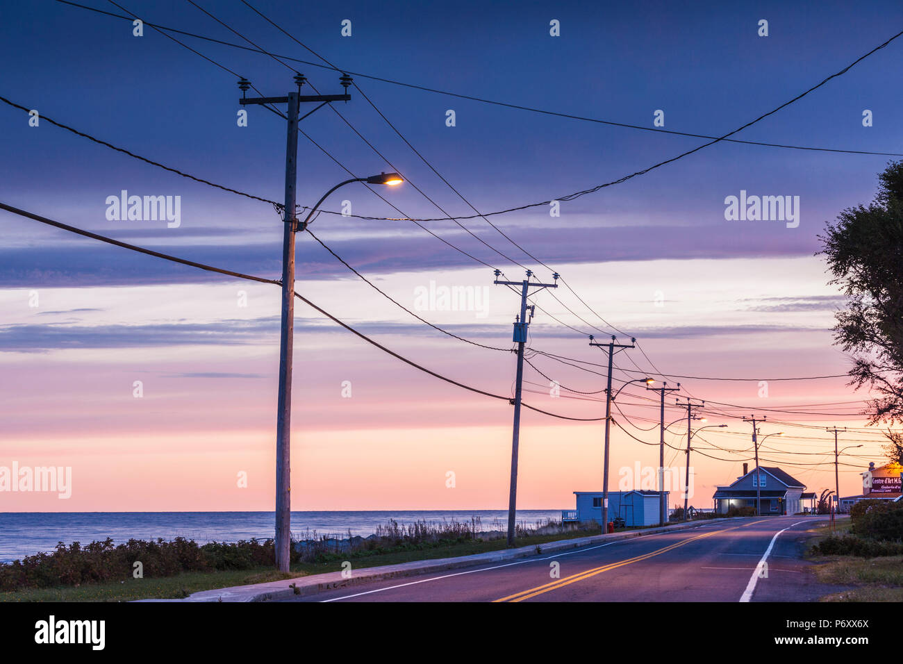 Canada, Quebec, Gaspe Peninsula, Sainte-Flavie, Rt 132 by the St. Lawrence River, dawn - Stock Image