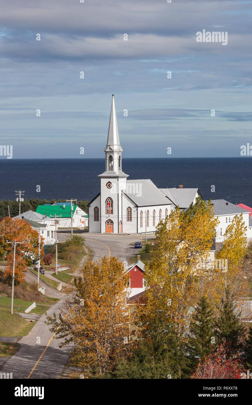 Canada, Quebec, Gaspe Peninsula, St-Maurice-de-l'Echouerie, elevated village view, autumn - Stock Image