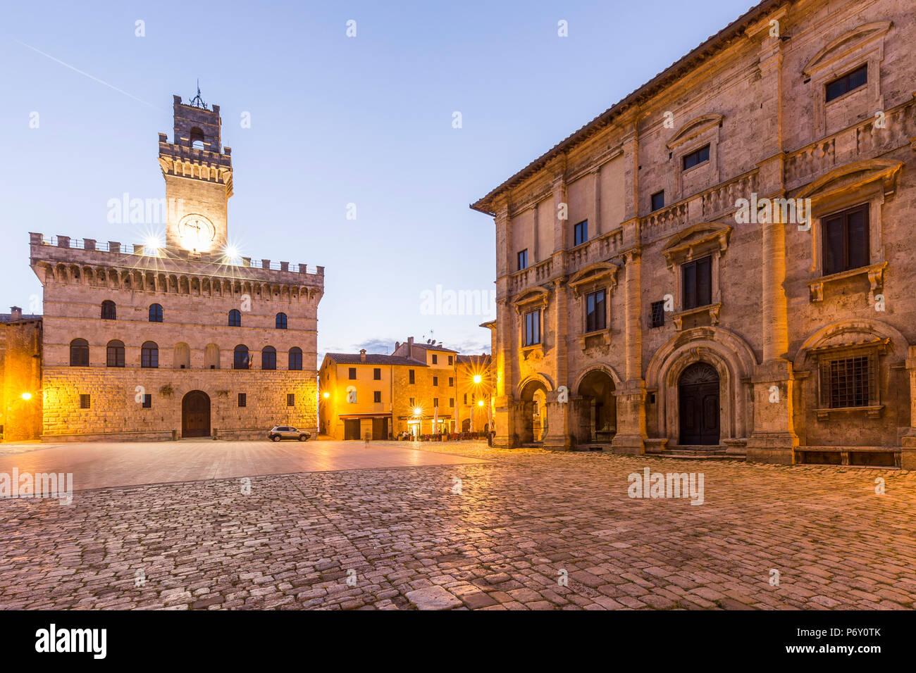 Italy. Tuscany. Siena district Val di Chiana. Montepulciano. Piazza Grande. Stock Photo