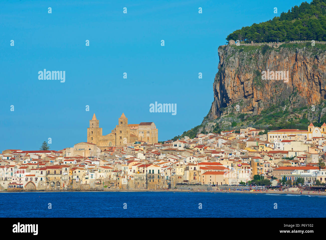 Old town, cathedral and cliff La Rocca, Cefalu, Sicily, Italy, Europe - Stock Image