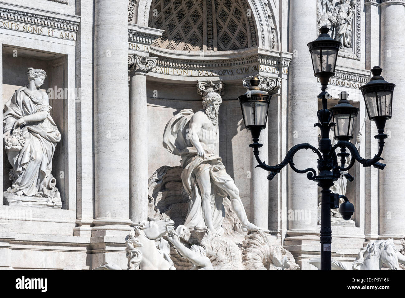 Close up view of the marble sculptures adorning the Trevi fountain, Rome, Lazio, Italy - Stock Image