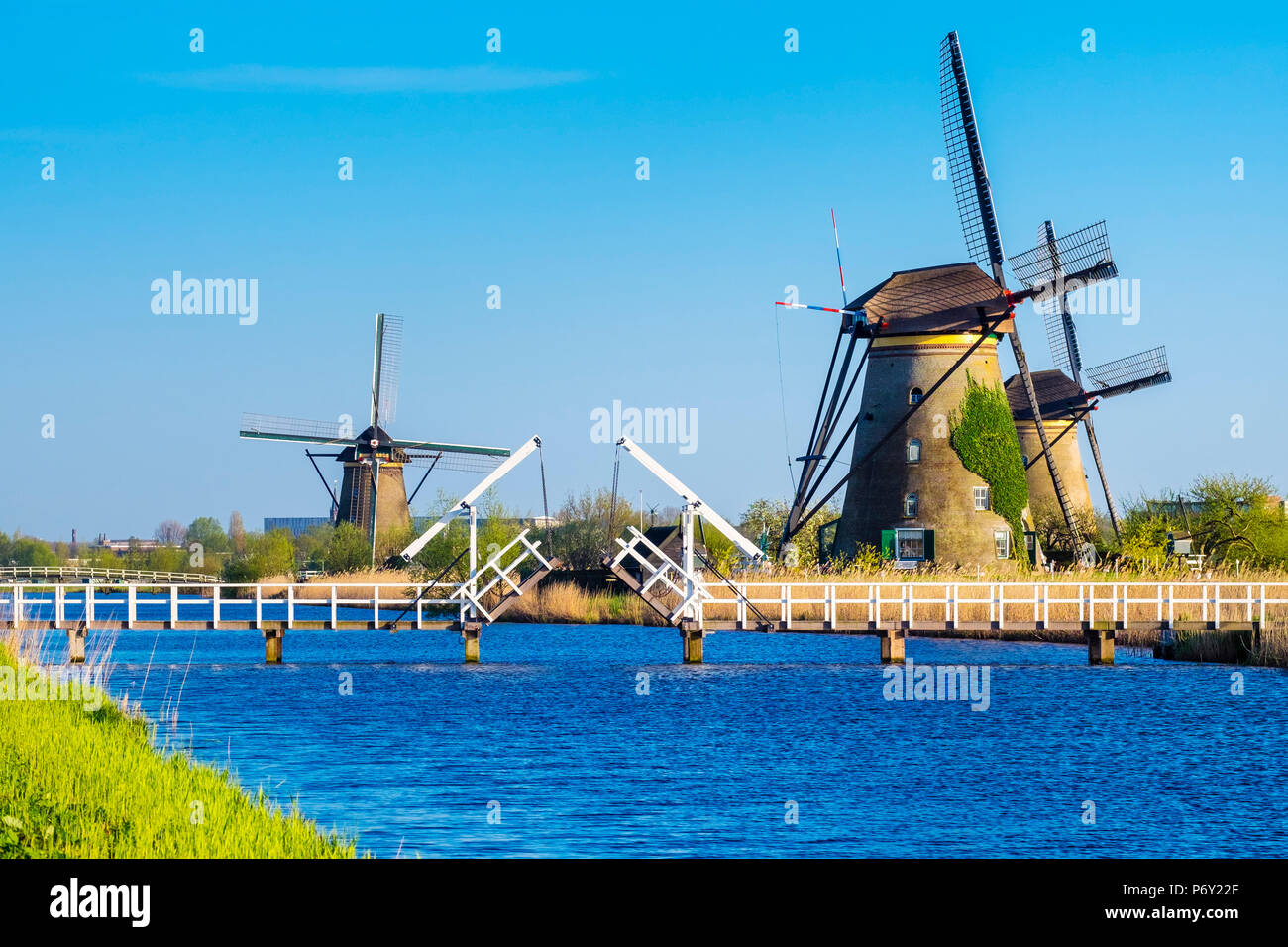 Netherlands, South Holland, Kinderdijk, UNESCO World Heritage Site. Historic Dutch windmills on the polders. - Stock Image