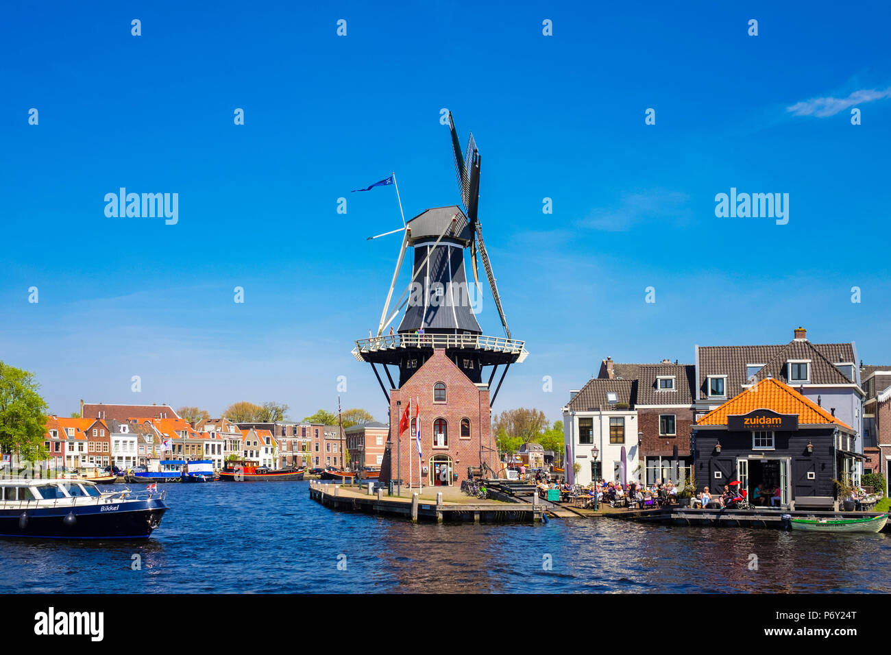 Netherlands, North Holland, Haarlem. Windmill De Adriaan on the Spaarne River. - Stock Image