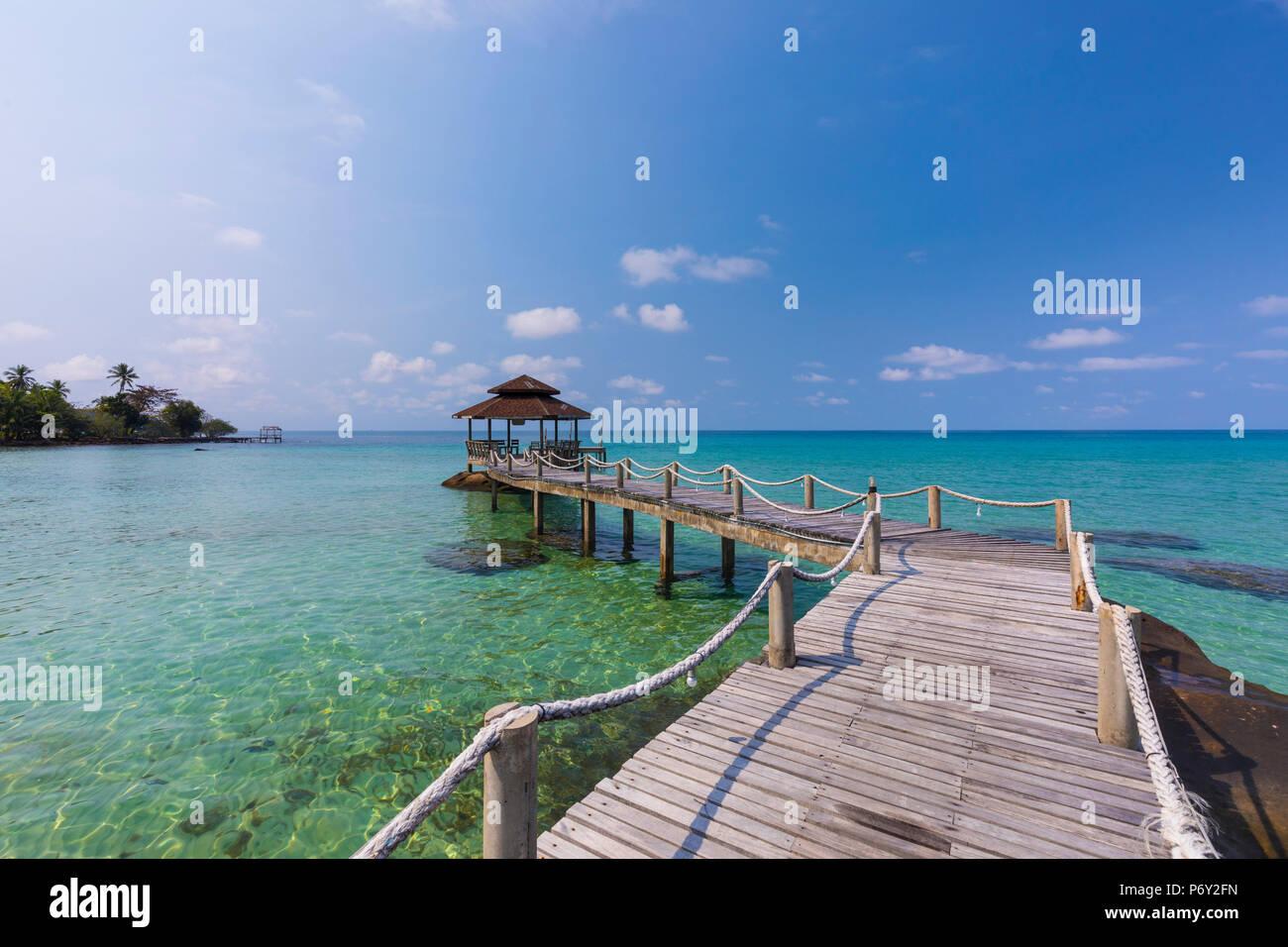 Tropical beach on an Island nr Ko Chang, Thailand Stock Photo