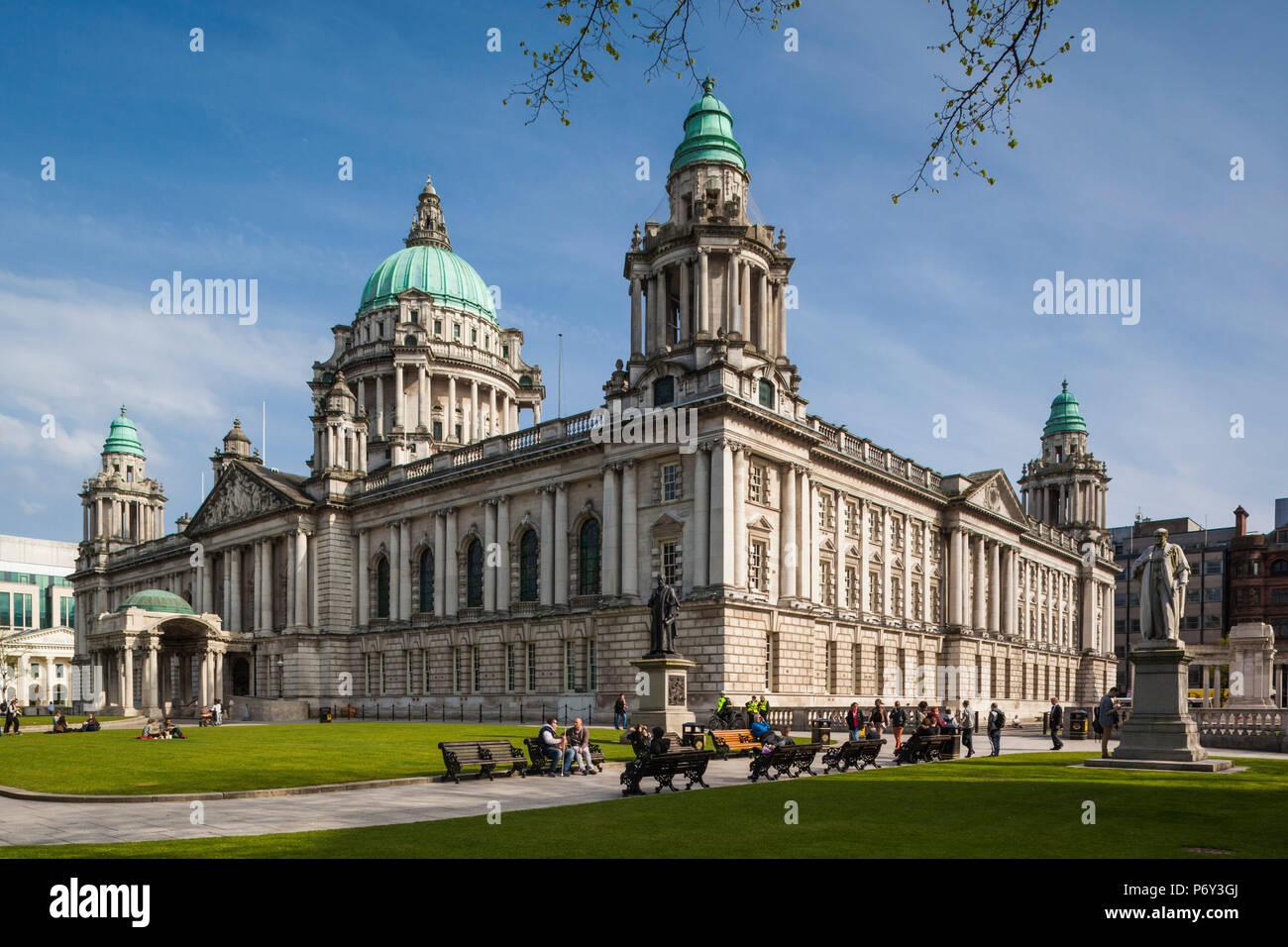 UK, Northern Ireland, Belfast, Belfast City Hall, exterior - Stock Image