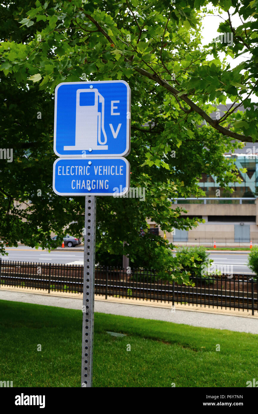 Electric vehicle charging station sign, Camden Yards, Baltimore, Maryland, USA Stock Photo