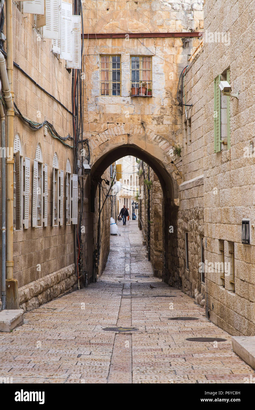 Israel, Jerusalem, Cobbled street in the Jewish Quarter - Stock Image