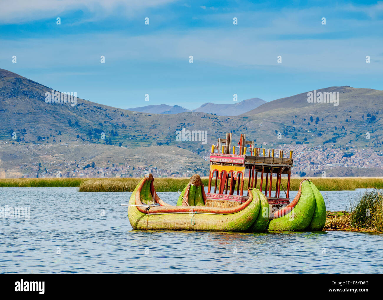 Traditional Reed Boat, Uros Floating Islands, Lake Titicaca, Puno Region, Peru - Stock Image