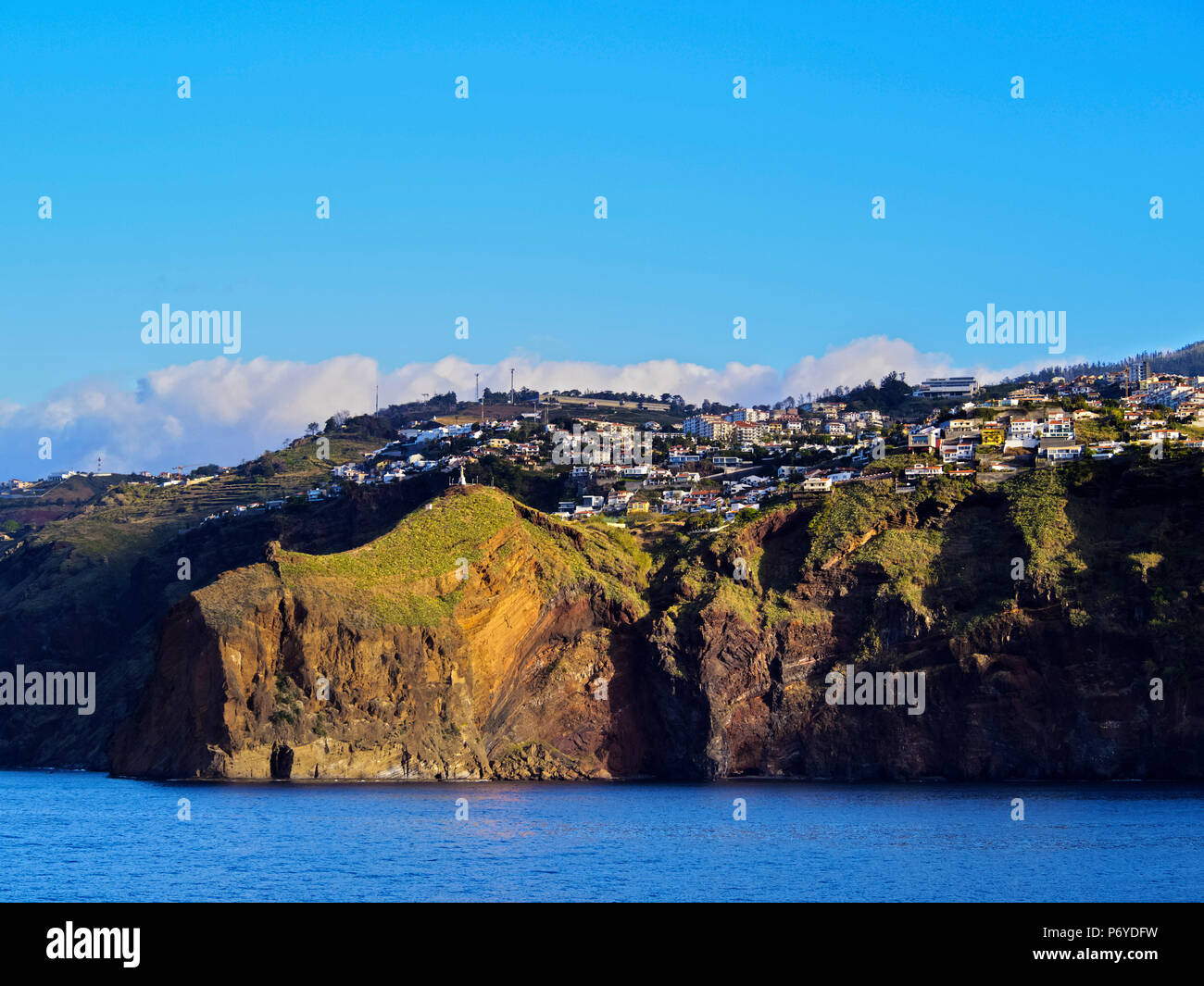 Portugal, Madeira, Ponta de Garajau, Coast of the island. - Stock Image
